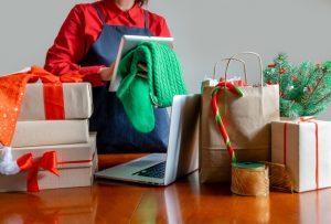 Buying home décor online